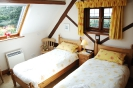 Stable Holiday Cottage Twin Bedroom 3