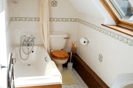 Stable Holiday Cottage Bathroom Twin